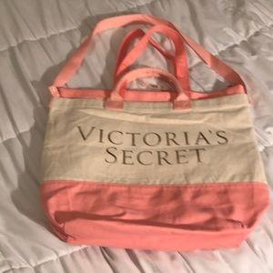 NWT: Victoria's Secret 2-in-1 Beach Tote